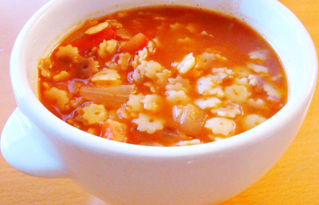 authentic Sopa de Estrellitas recipe // livingmividaloca.com