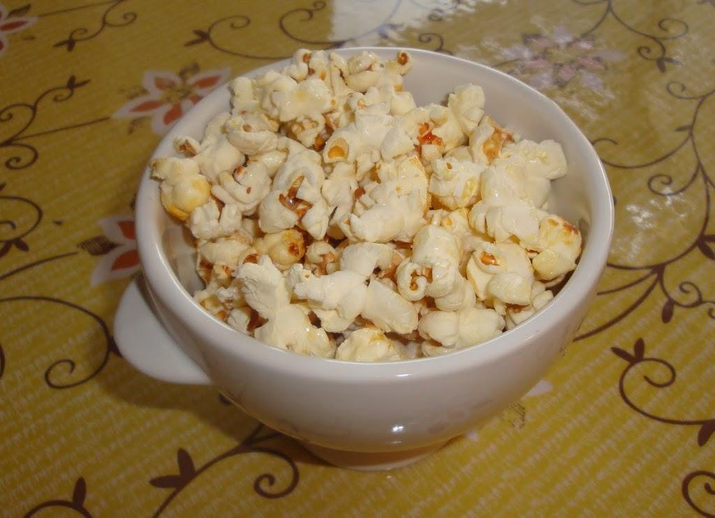 Kettle corn recipe - LivingMiVidaLoca.com