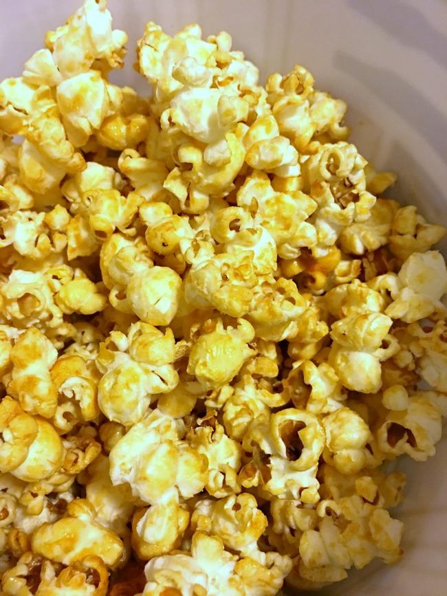 How to make kettle corn - livingmividaloca.com