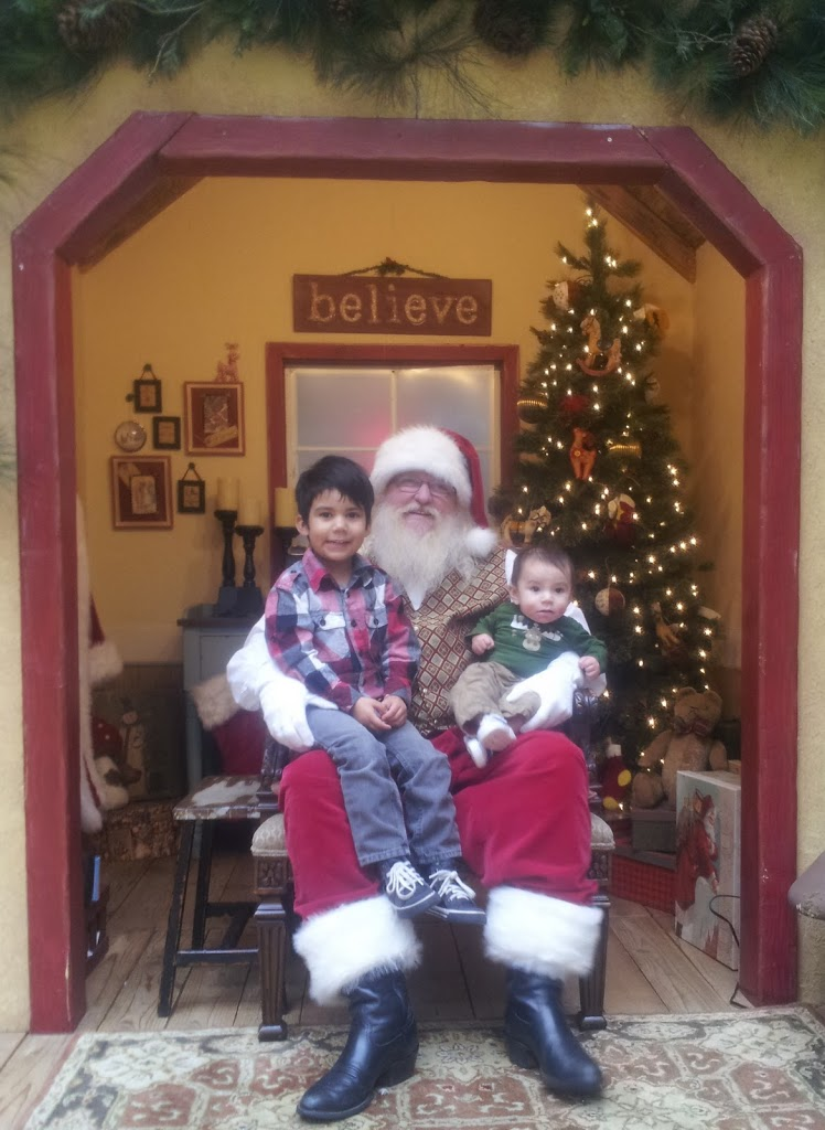 Santa Claus at Westminster Mall