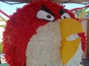 Angry Birds piñata // Angry Birds Birthday party // livingmividaloca.com
