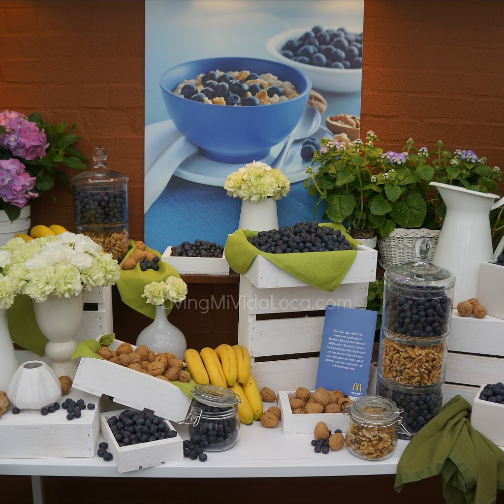Blueberry banana nut oatmeal // livingmividaloca.com