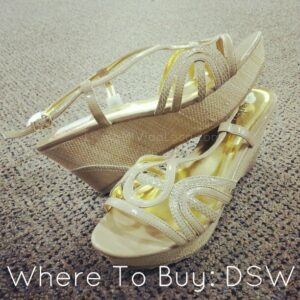 Charles David sandals in tan and gold -- livingmividaloca.com