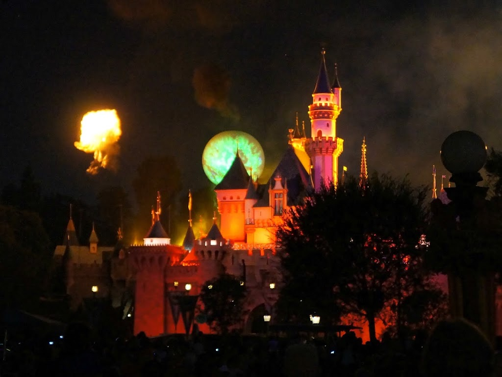 Halloween Screams Fireworks during Mickey's Halloween Party