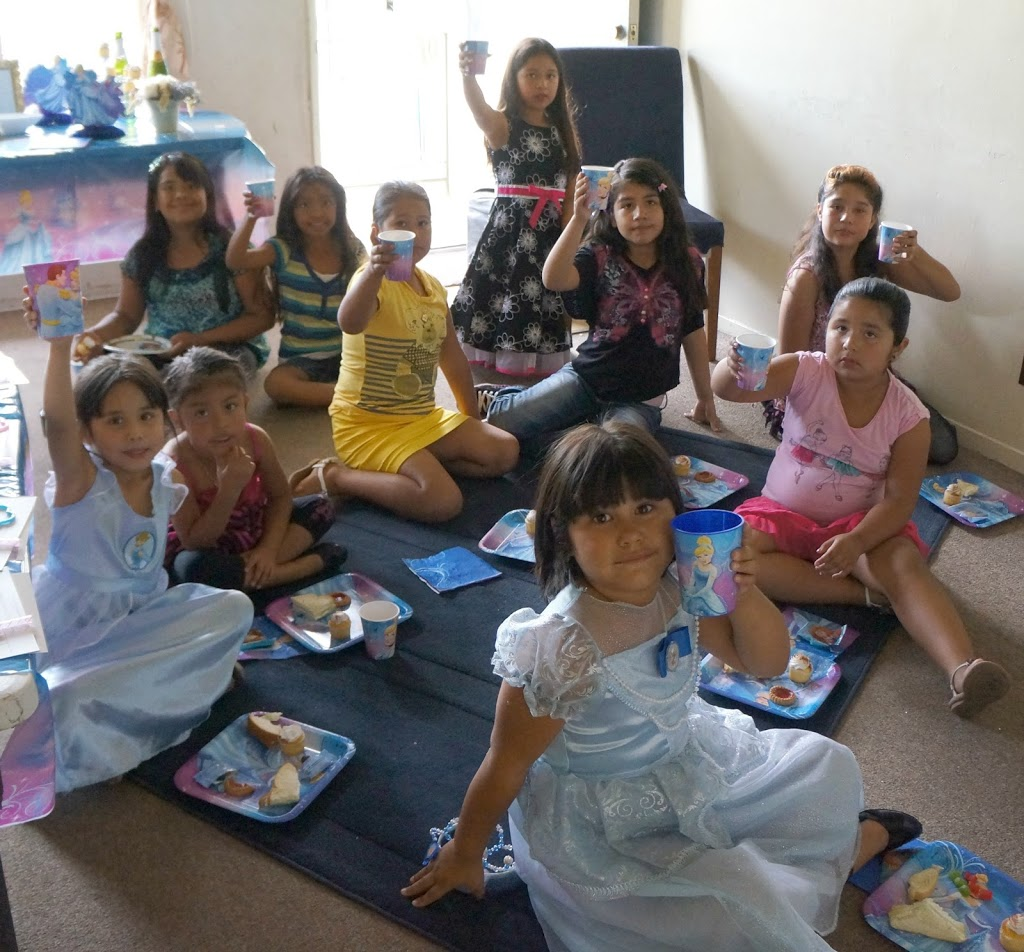 girls cinderella party