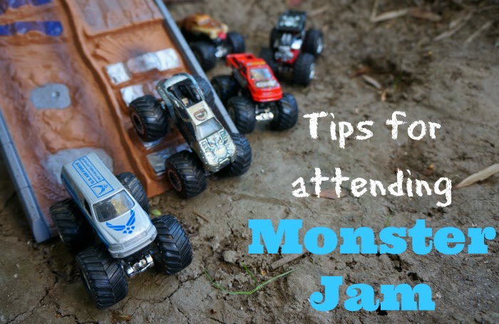 tips for attending Monster Jam -- livingmividaloca.com