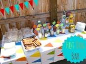 Hot Dog Bar birthday party idea // livingmividaloca.com