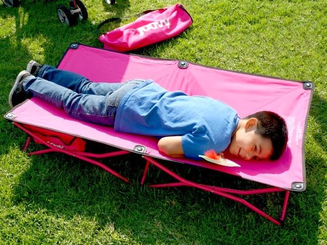 cot for young children -- livingmividaloca.com