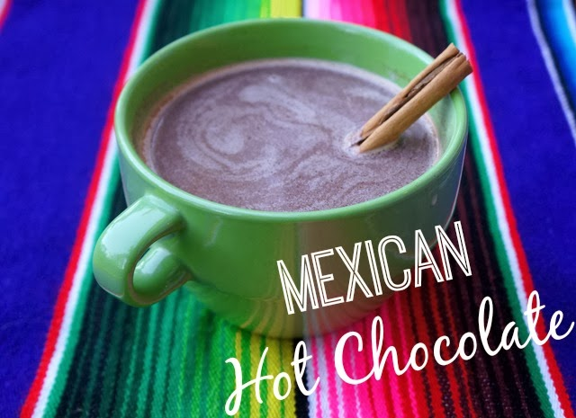 DIY Easy Abuelita Mexican Hot Chocolate Recipe Mexican. Hot Chocolate Recipe you can make at home | livingmividaloca.com | #livingmividaloca #mexicanhotchocolate #chocolateabuelita #traditionalmexicanrecipe #hotchocolaterecipe