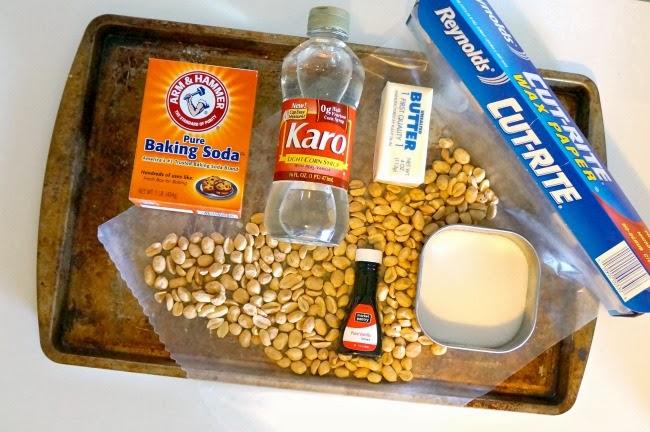 ingredients for peanut brittle recipe -- livingmividaloca.com