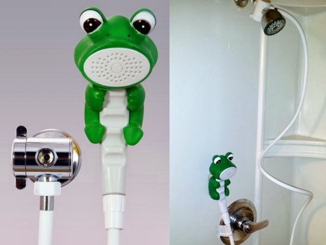 Rubber Duckie & Friends shower head for kids -- livingmividaloca.com