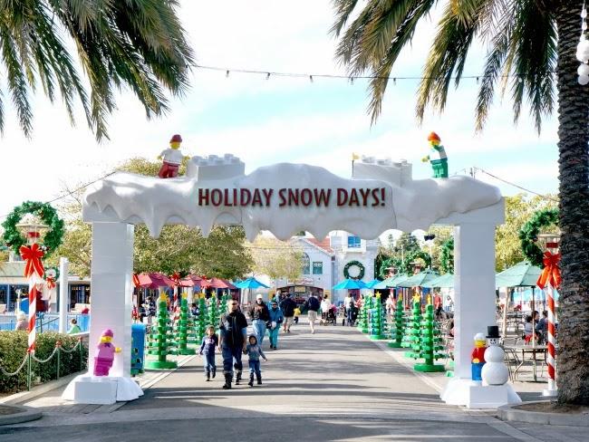 legoland california resort holiday snow days -- livingmividaloca.com