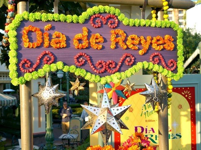 dia de reyes at disneyland