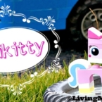 how to build LEGO unikitty