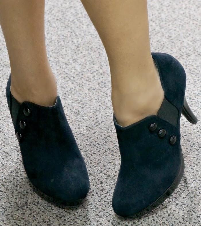 Rampage navy blue ankle boots -- livingmividaloca.com