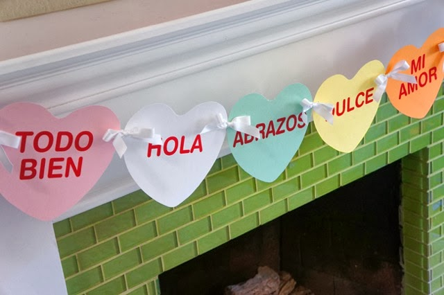 Free Spanish conversation hearts printable -- livingmividaloca.com