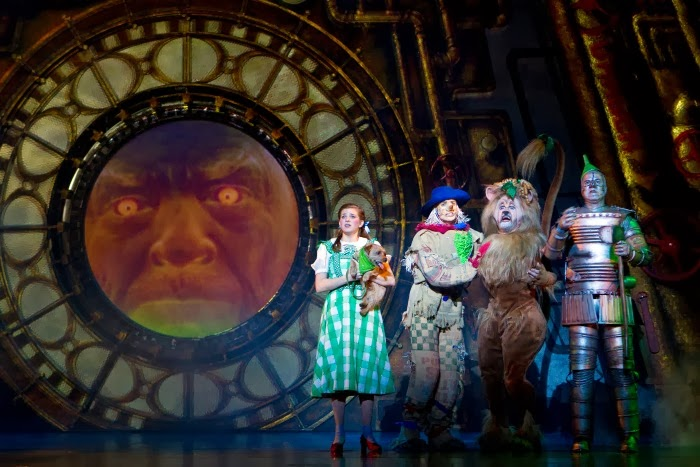 The Wizard of Oz at Segerstrom Center | LivingMiVidaLoca.com #WizardOC