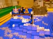 double-decker-sofa-the-lego-movie