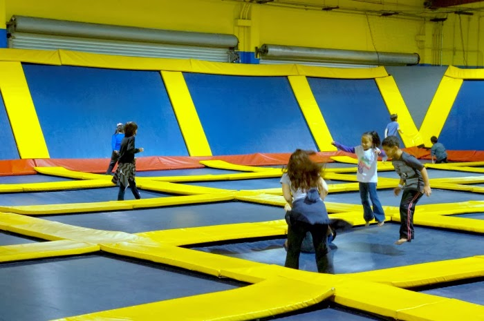 Jumpers at Sky High Sports in Costa Mesa in Orange County | LivingMiVidaLoca.com