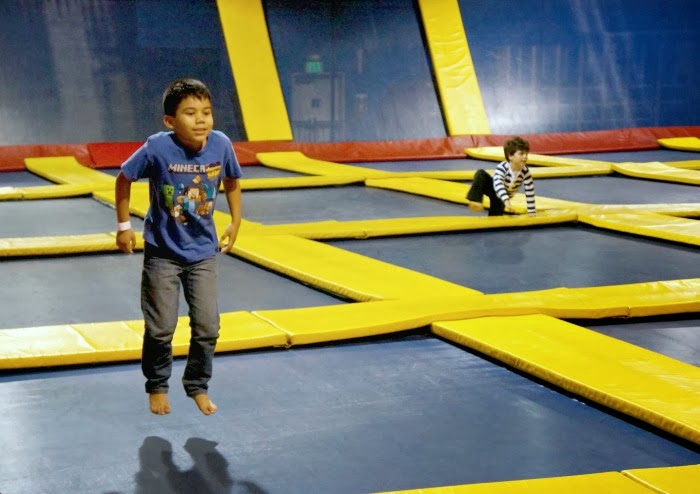 birthday parties at Sky High Sports in Costa Mesa | LivingMiVidaLoca.com