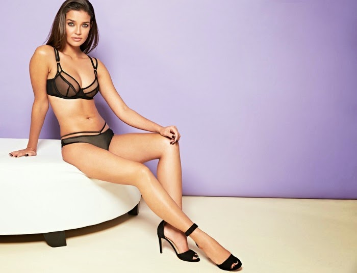 Figleaves Boudoir lingerie in Carmen // livingmividaloca.com #livelovelingerie