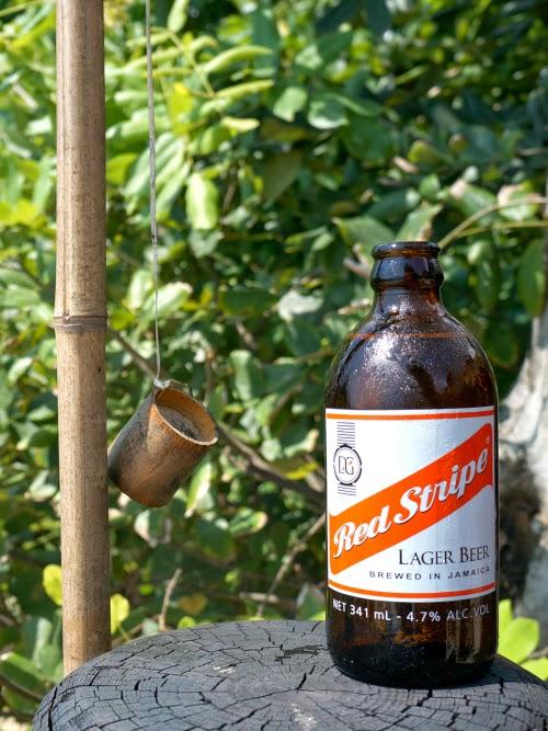 Red Stripe Lager Beer // livingmividaloca.com #oneloveja