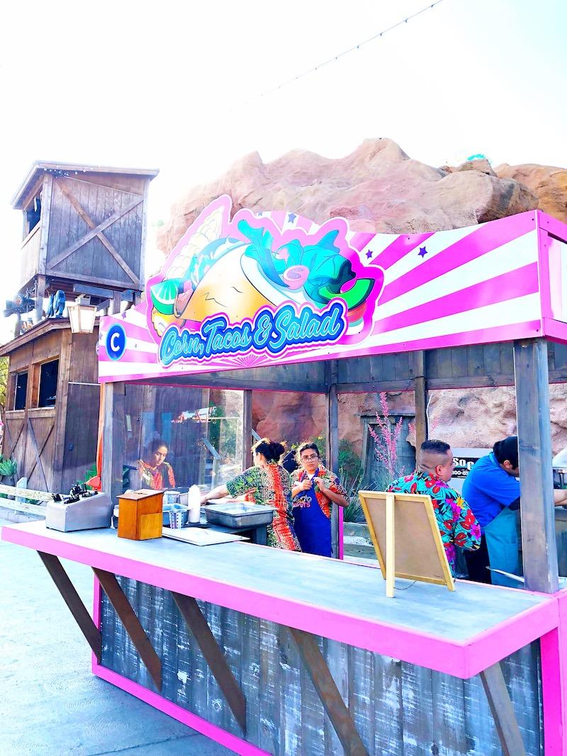 Everything you need to know about visiting Knott's Berry Farm during the summer for Knott's Summer nights. - livingmividaloca.com - #LivingMiVidaLoca #KnottsBerryFarm