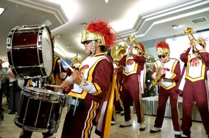 USC Trojan Marching Band at Macy's // LivingMiVidaLoca.com #AmericanIcons