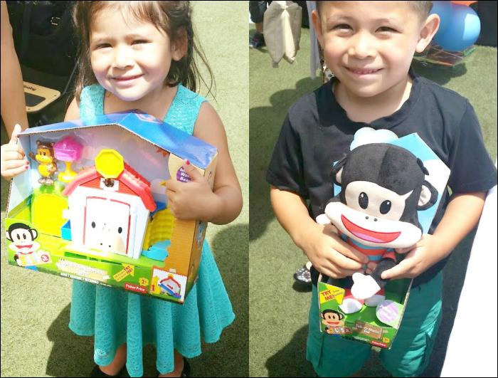 Kids love the new Julius Jr. toys // livingmividloca.com #JuliusJr
