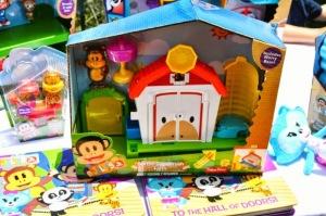 New Julius Jr. Fisher-Price toys will launch Fall 2014 // livingmividaloca.com #JuliusJr