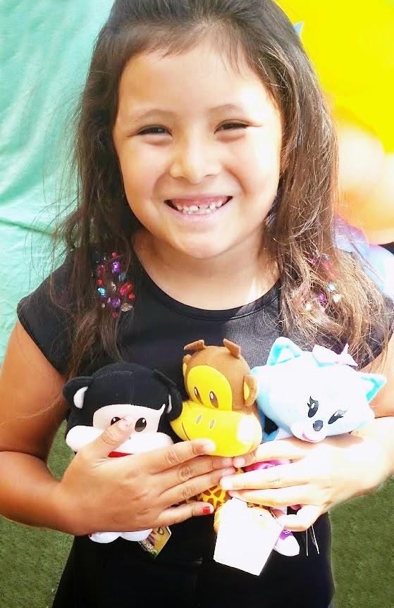 Julius Jr. plush toys available for the holidays // livingmividloca.com #JuliusJr