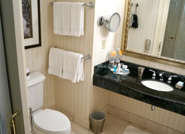 omni-hotels-bathroom