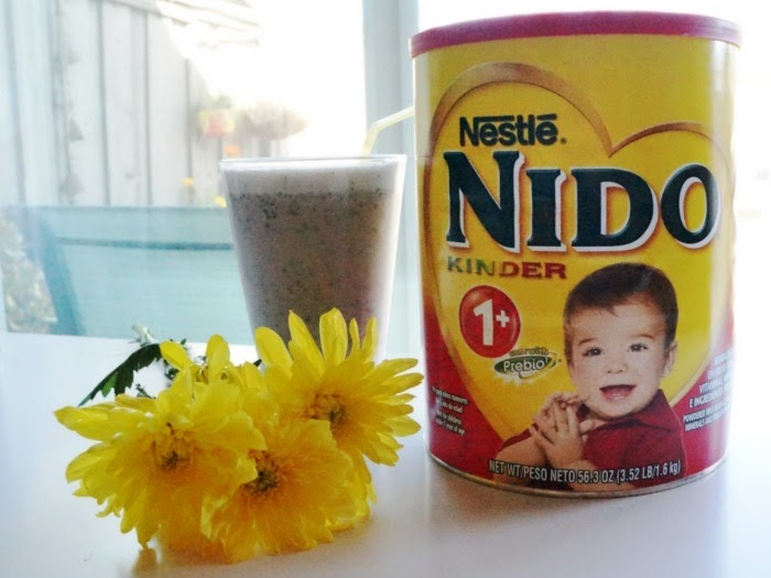How to make a smoothie with Nestlé Nido // livingmividaloca.com #AmazingKids #NestleNIDO