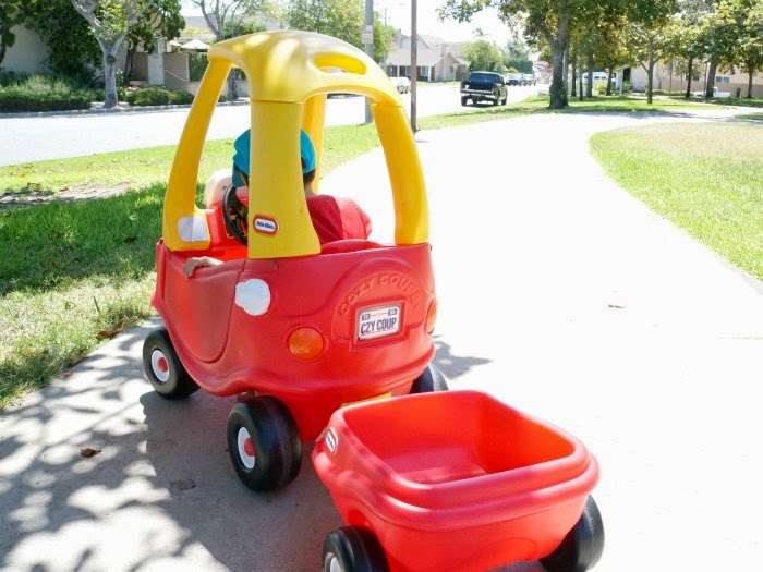 little tikes Cozy Coupe // livingmividaloca.com