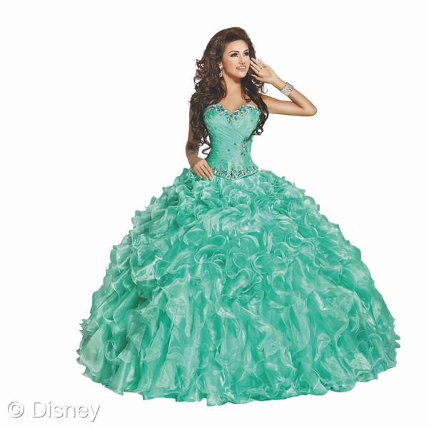 Ariel - Disney Roya Ball dress // livingmividaloca.com