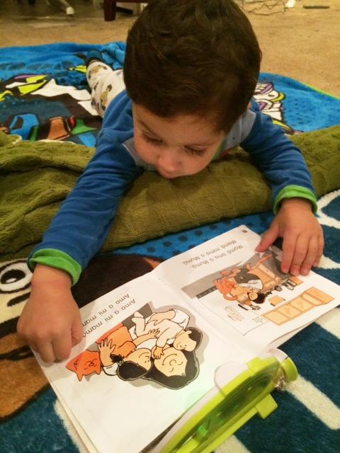 baby-reading-books