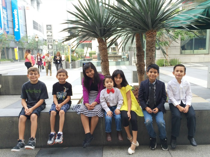 blogger kids at event