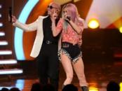 Pitbull performs during the AMA's 2013 // livingmividaloca.com