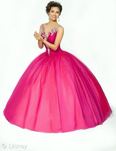 Tiana Disney Roya Ball dress // livingmividaloca.com