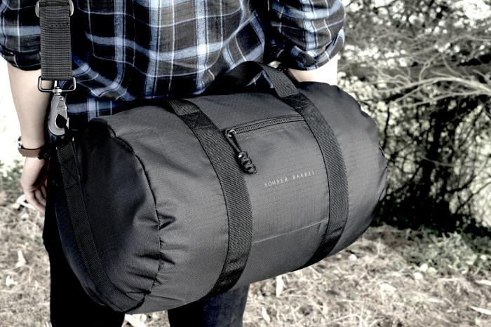 Bomber Barrel Duffel Bag for men // livingmividaloca.com