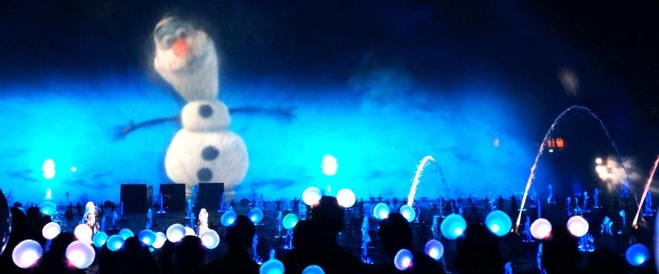 Holidays // Disneyland After Dark