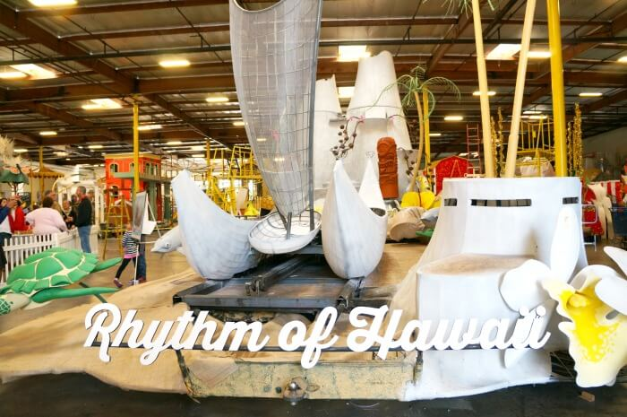 rhythm-of-hawaii-rose-parade-float