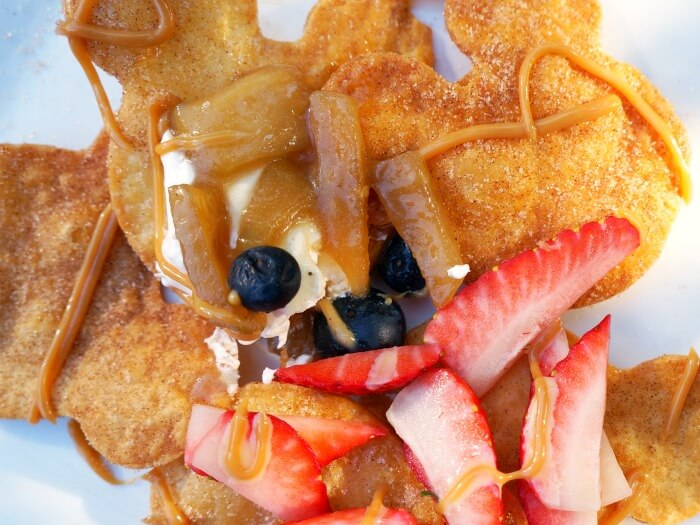 Easy Mickey Mouse buñuelos with toppings