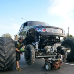 Wheels on Monster Truck Menace