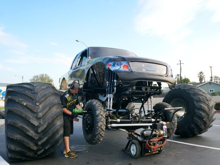 Monster Trucks Return To Anaheim Stadium Living Mi Vida Loca