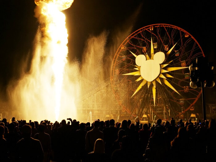World of Color fire burst