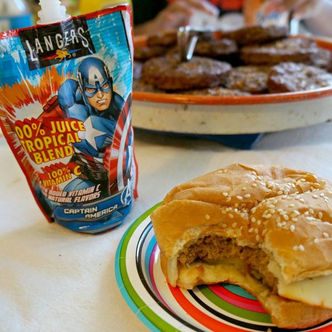 Kids juice and veggie burgers - livingmividaloca.com