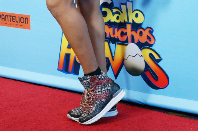 Dania Ramirez wears 2 star gold sneakers