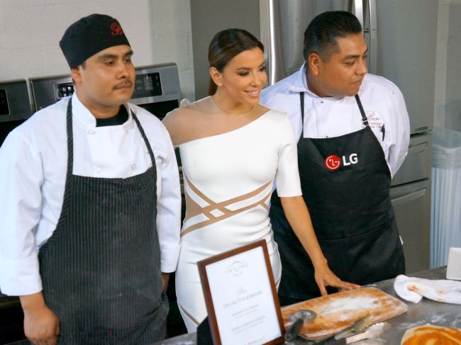 Eva Longoria cooking flatbreads