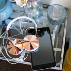 asus memo pad with headphones